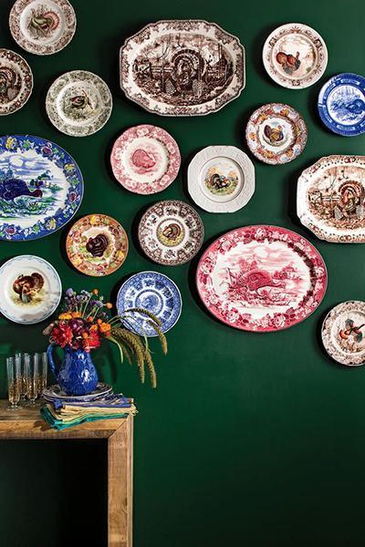 Turkey Platters and Thanksgiving Dinnerware